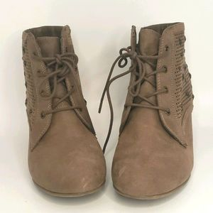 MIA Lace up Ankle booties sz 10